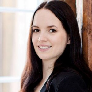 Katrin A. Bischofberger, Psychologische Beraterin IKP, Doula, Bestattungsexpertin Und Trauerbegleiterin